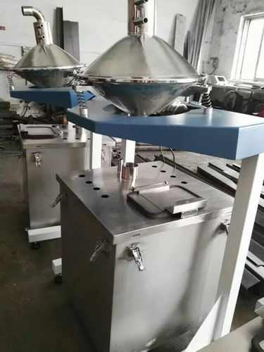 Automatic powder sieving machine